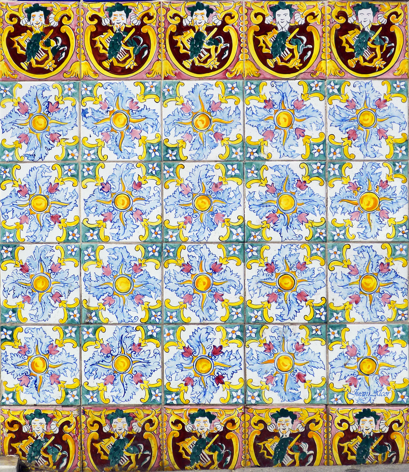 Azulejos en madrid peluqueria vallejo 01 03 ginestal for Ceramica talavera madrid