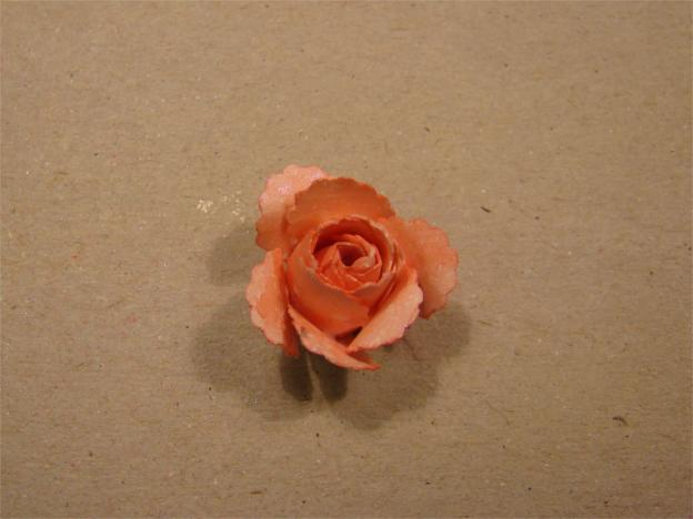 rose af papir