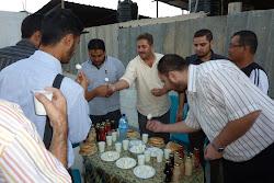 Aqsa Syarif Menganjurkan Iftar di Gaza