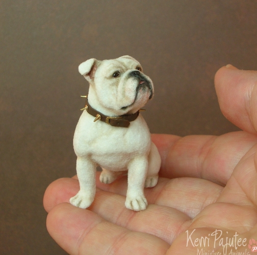 30-Bulldog-Kerri-Pajutee-Miniature-Sculpture-that-look-Real-www-designstack-co