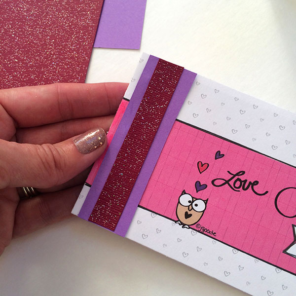Valentine's Coupon Book Free Printable -- a great free printable gift to give those you love at Valentine's Day.
