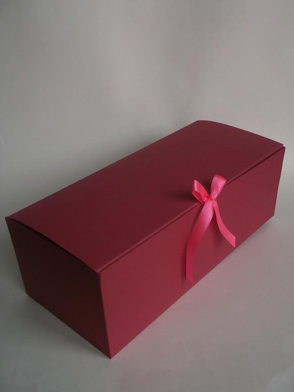 Подарочная коробка для куклы своими руками 12