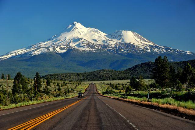 Mountain Top Kingdom of Rash'el MtShasta2