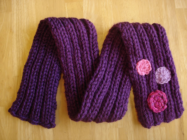 Free Knitting Pattern Tweedy Eyelet Scarf : Fiber Flux: Free Knitting Patterns