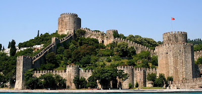 World Travel Agency the World RTW -family activities Budget Travel Rumeli Fortress Istanbul, Turkey [All rights reserved by guanzy ]