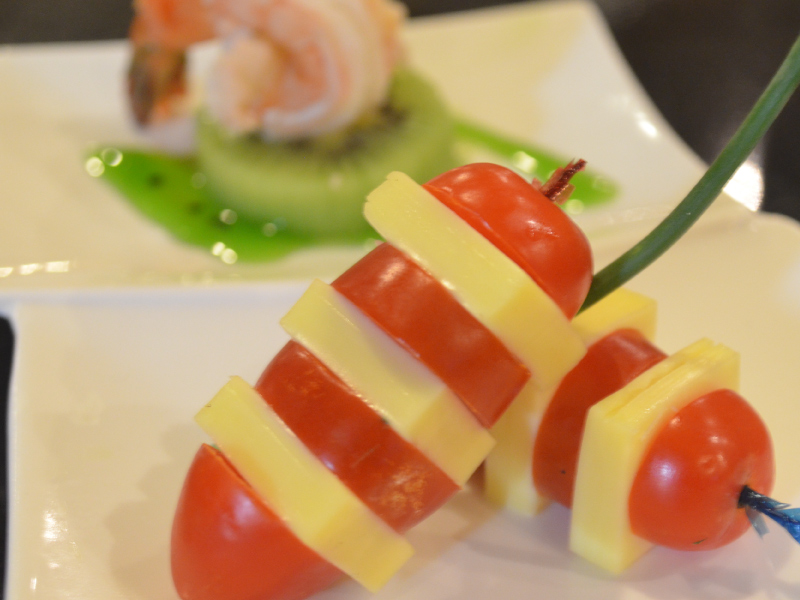 Gastro cuisine at pearl international hotel for Amuse bouche cuisine