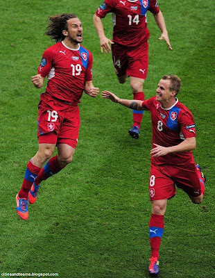 Petr Jiracek Goal Celebration Euro 2012 Czech Republic Hd Desktop Wallpaper