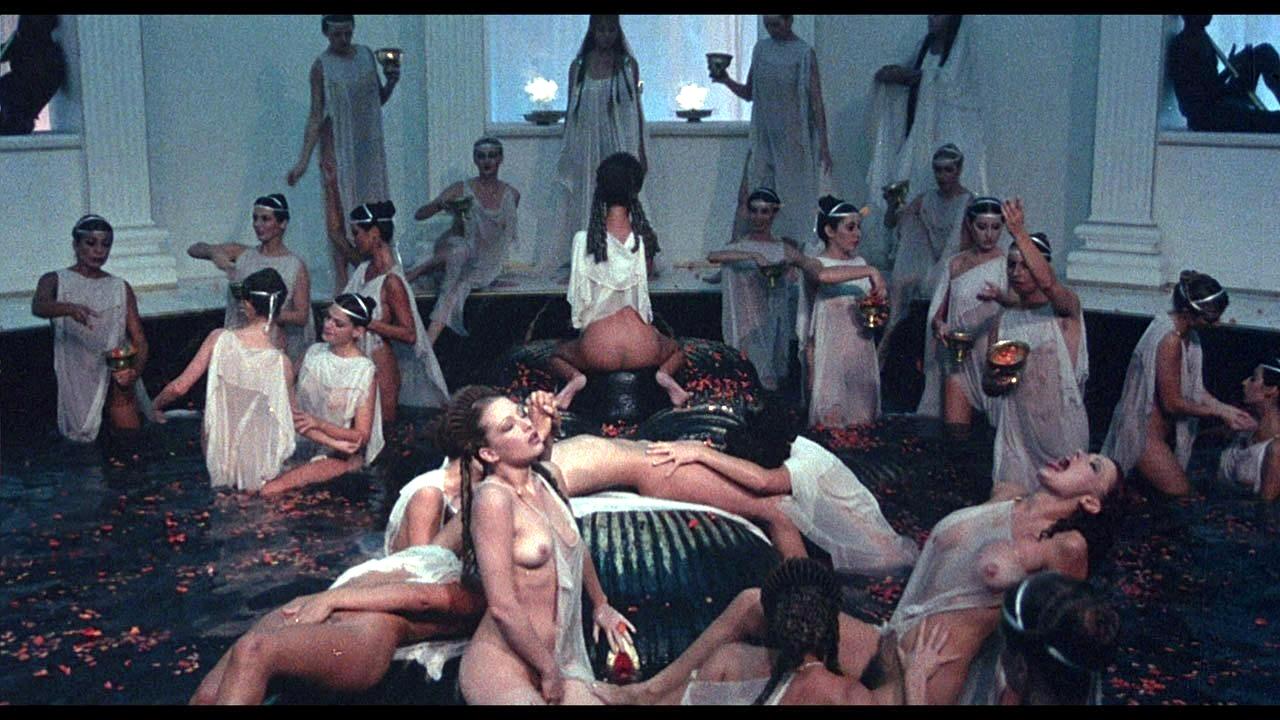 Ouww this roman orgy facial love