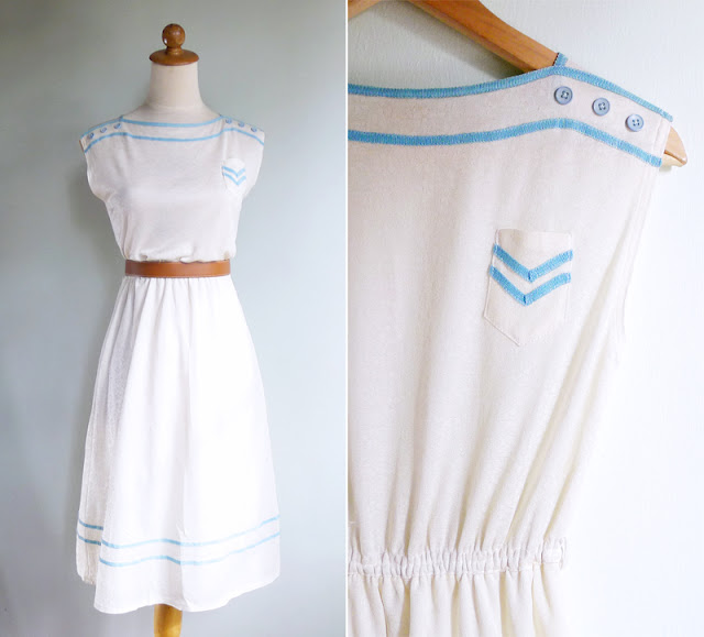 vintage 70's boat neck casual day dress with chest pocket