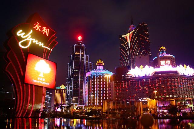 In Macau Until Senado Square Yanikmatilah Saja