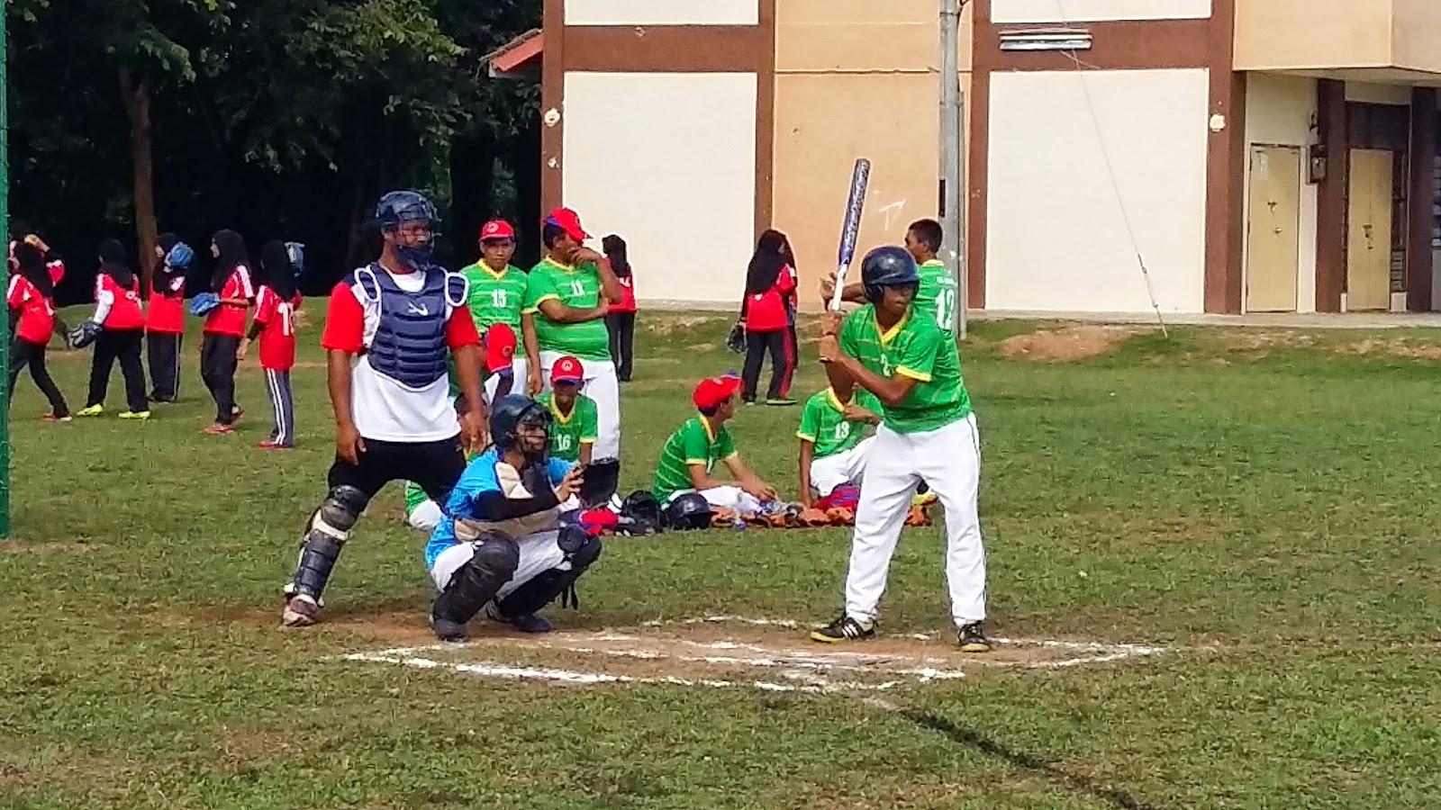Kejohanan Sofbol MSSD Kubang Pasu 2015 - SMK Jerlun vs SMK Hosba