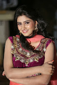 Shamili Gorgeous Looking Photos-thumbnail-10