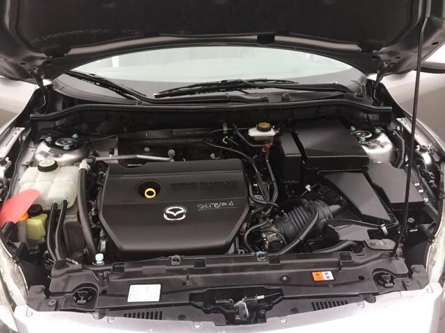 Mazda I-4cyl