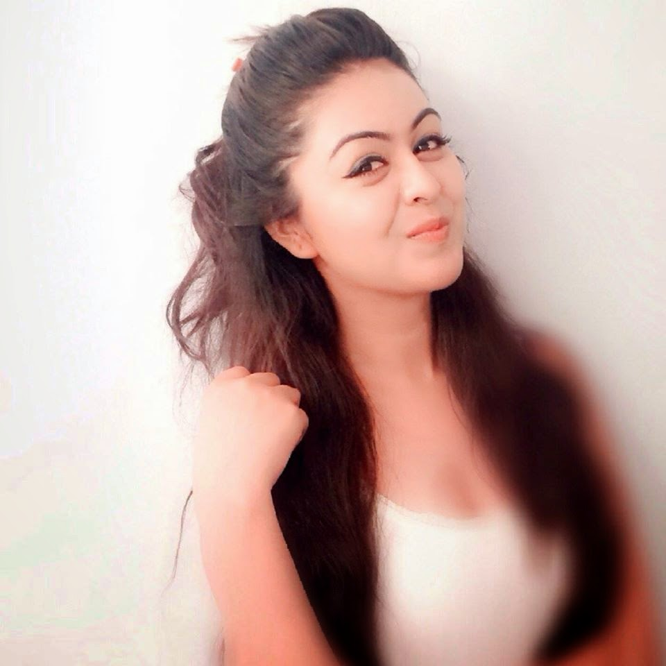 Shafaq Naaz HD wallpapers Free Download