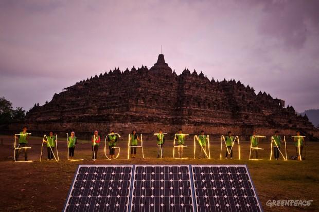 Menyinari Borobudur dengan Energi Terbarukan