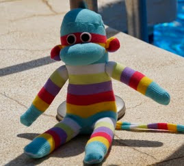 http://mimundodebaldosasamarilla.blogspot.com.es/2013/09/moneo-el-monito-romanticon-hecho-con.html