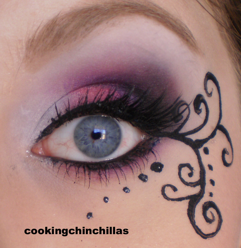 cookingchinchillas pink purple elegant gothic makeup with. Black Bedroom Furniture Sets. Home Design Ideas