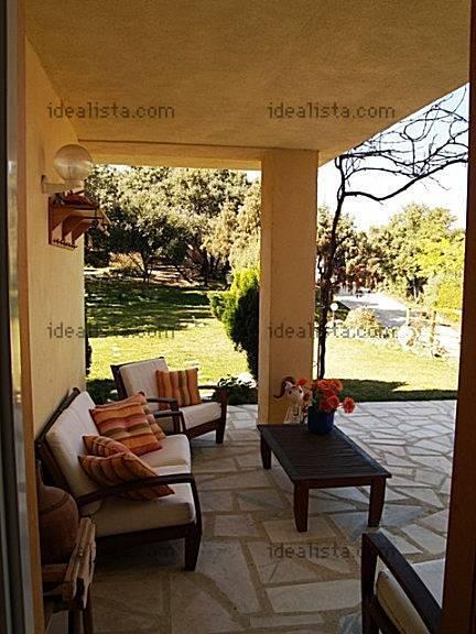 Fotos de terrazas terrazas y jardines piedras para for Jardines de casas rusticas