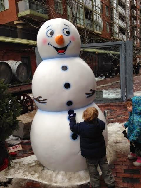 distillery district toronto Christmas Market, distillery district snowman
