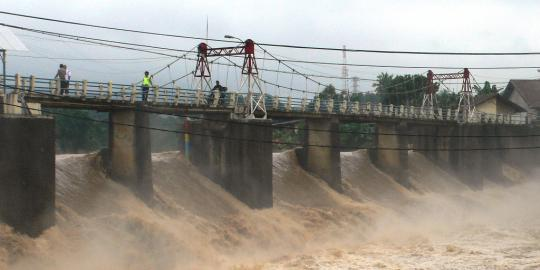 Hujan Deras Guyur Puncak, Katulampa Siaga III Banjir