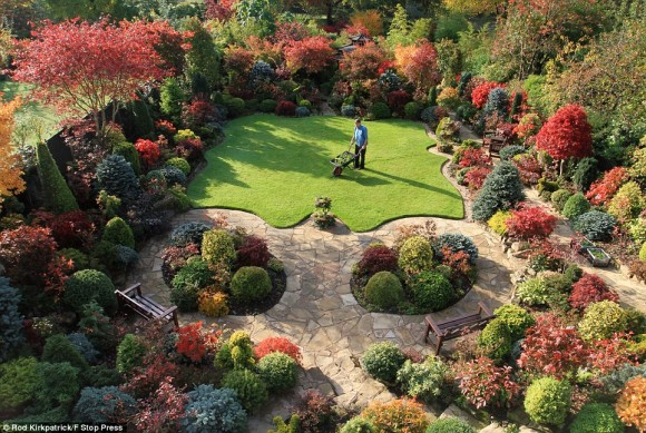The Four Seasons Garden: Charming Nature And Limitless Creation3