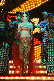 Parvathi Melton performs a Spicy Item Song Povoi povoi