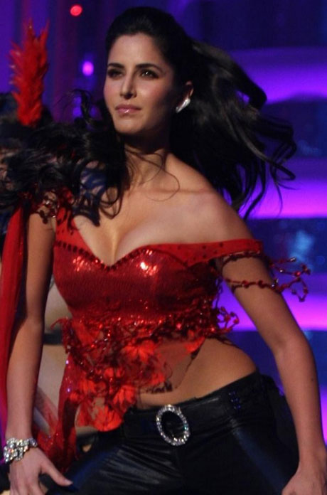 Katrina Kaif - Katrina Kaif&#39;s red hot performance at Big IMA Awards - No Watermark