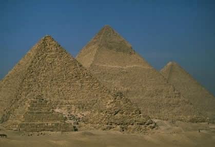 apakah tempat misteri dalam dunia, senarai tempat misteri, gambar misteri, foto misteri, menarik, rahsia, stoneage, piramid di mesir, xinjian, segitiga bermuda, easter island