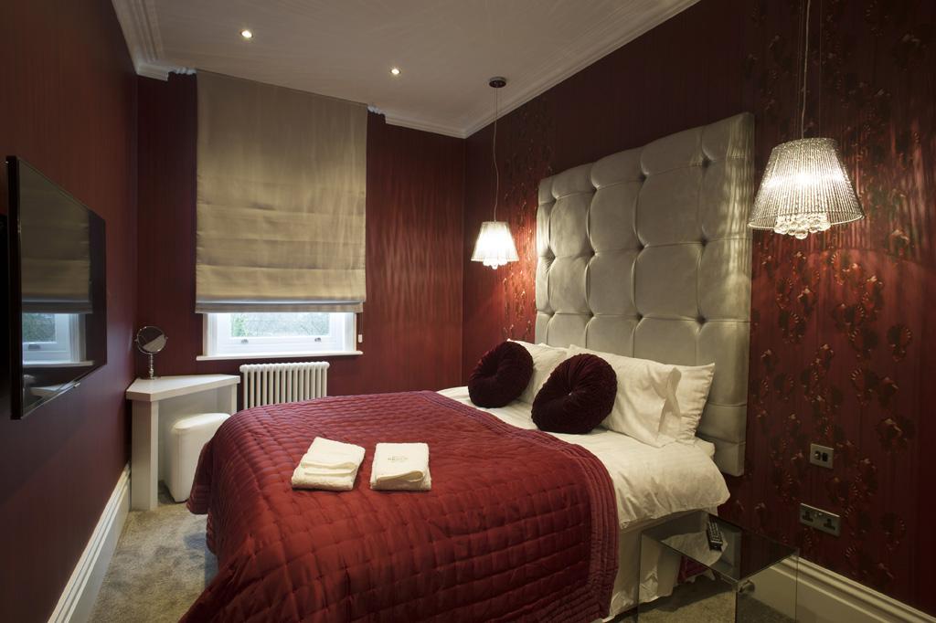 room makers dark red silver bedroom