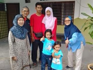 Cikgu Jihah & Family