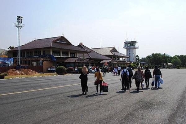 Bandara Radin Inten II, Branti, Lampung. ZonaAero