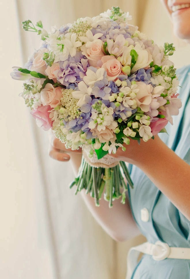 Bridal Flowers Magazine : Best wedding bouquets of belle the magazine