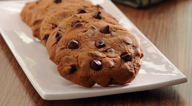 طريقة عمل كوكيز الشوكولاتة مع قطع الشوكولاتة الصغيرة