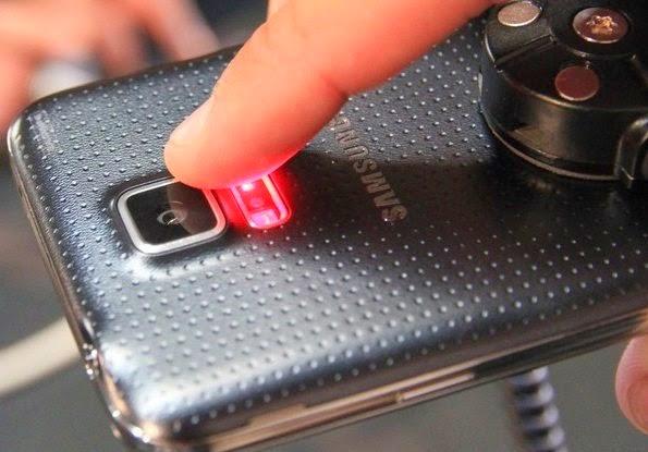 O Galaxy S5 tem diferenciais sobre o G3, como, por exemplo, o sensor de batimentos cardíacos