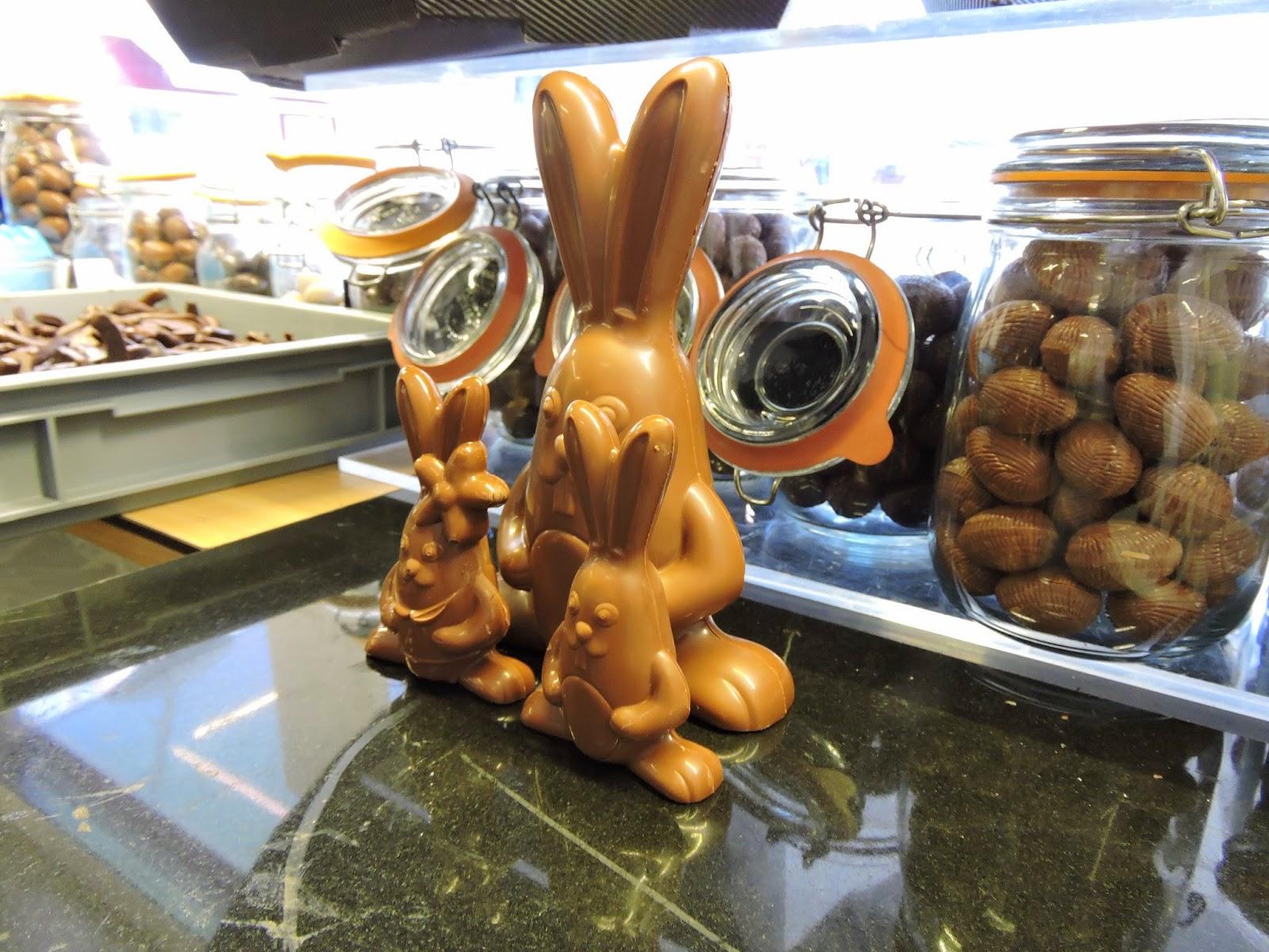 Famille lapins de Pâques