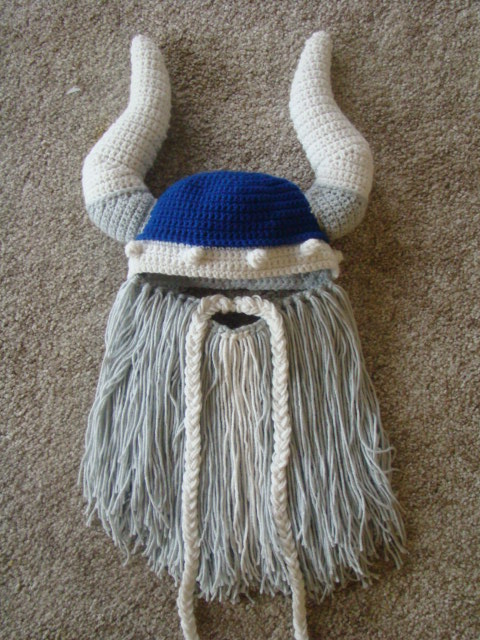 Knitting Patterns For Viking Hat : Crafts By Starlight: Viking Beard Hat