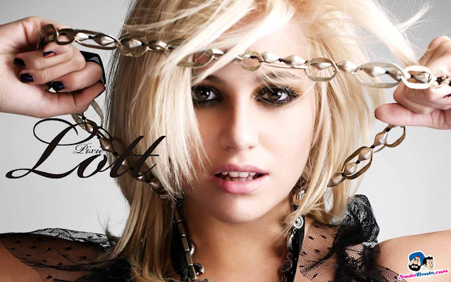 Pixie Lott have a beautiful face