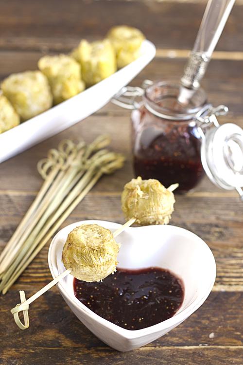 Alcachofas en tempura con higos y miel