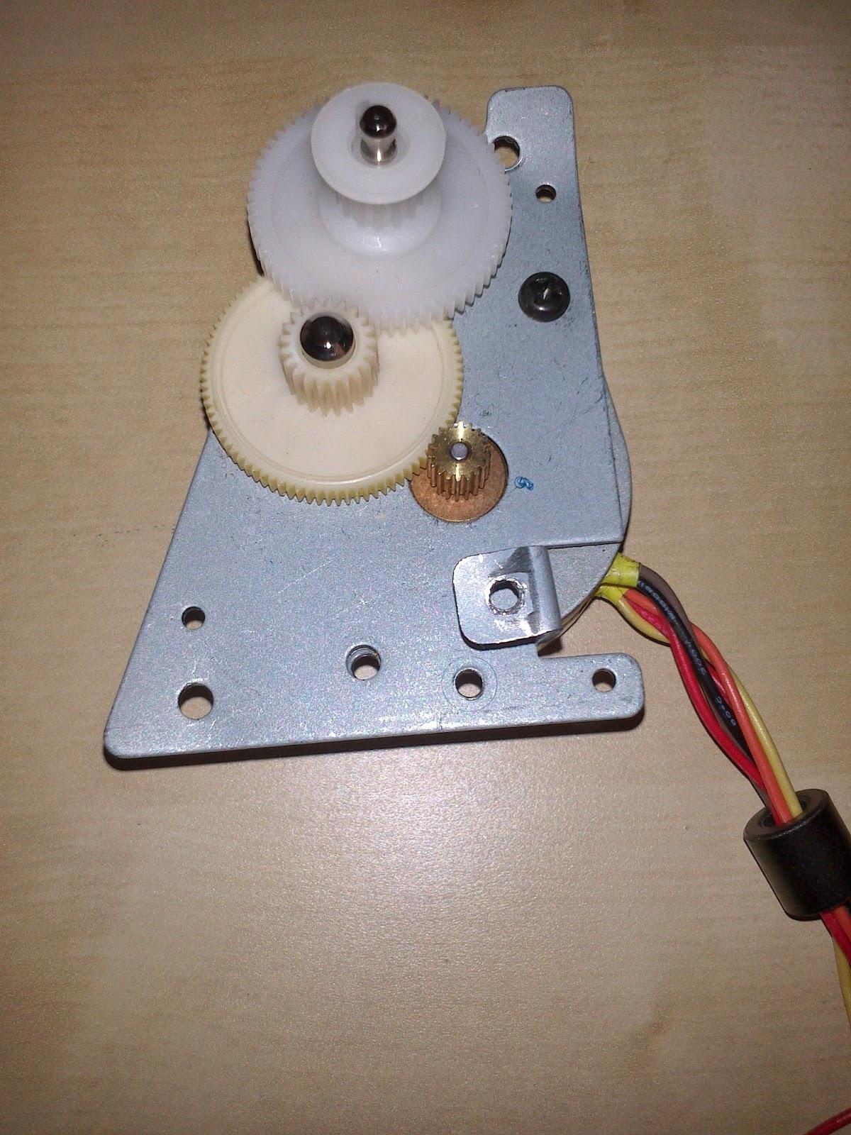 Motor paso a paso unipolar de impresora