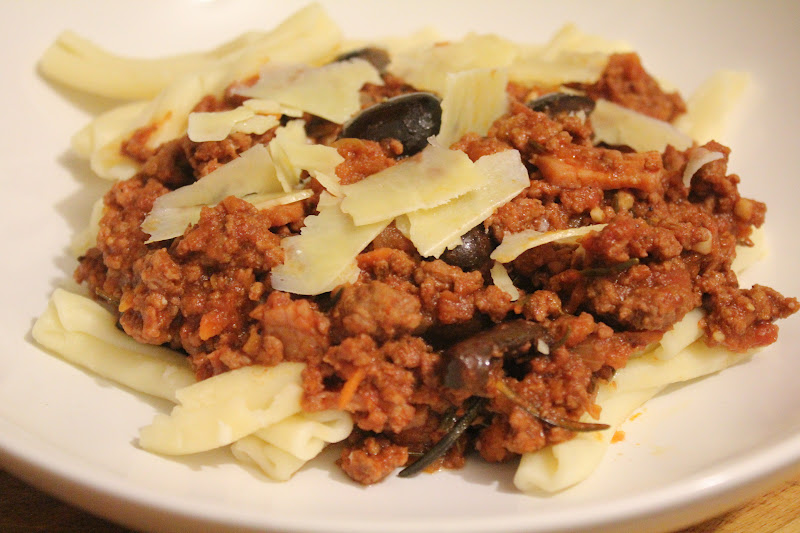 Pasta with Beef, Bacon, Rosemary and Olives - A Dash Of ...