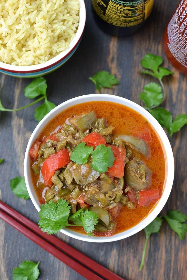 Thai Vegetable Red Curry (Vegan Recipe)