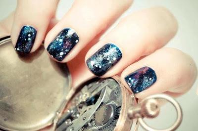 NAILS ART: galaxy Symone_Oei_nails_large