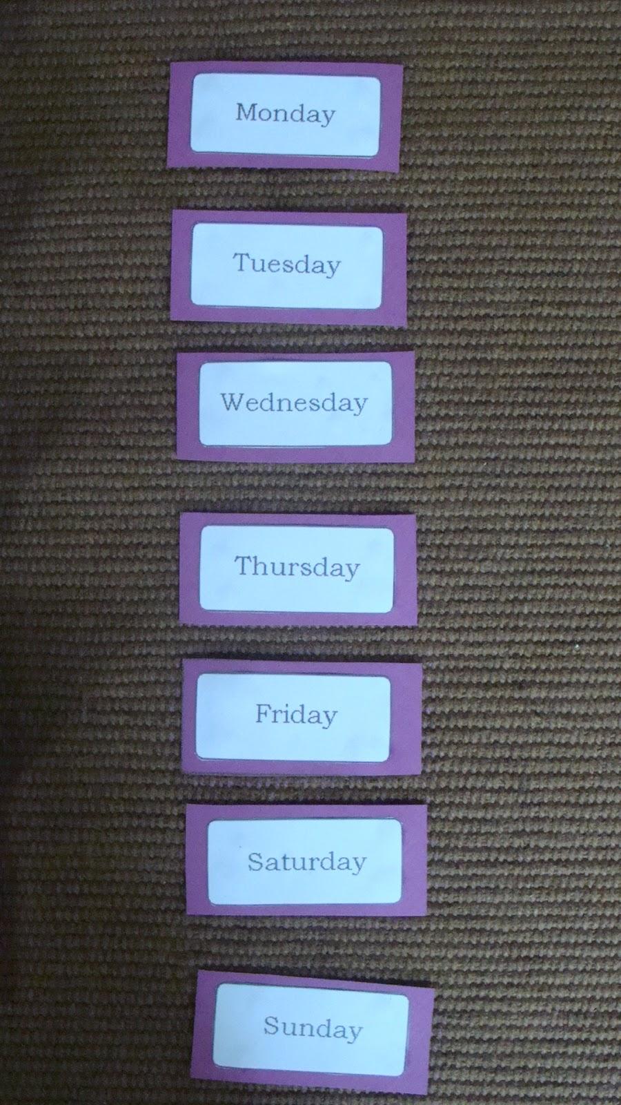 fabrication carnet des jours de la semaine anglais on fait l 39 cole la maison. Black Bedroom Furniture Sets. Home Design Ideas