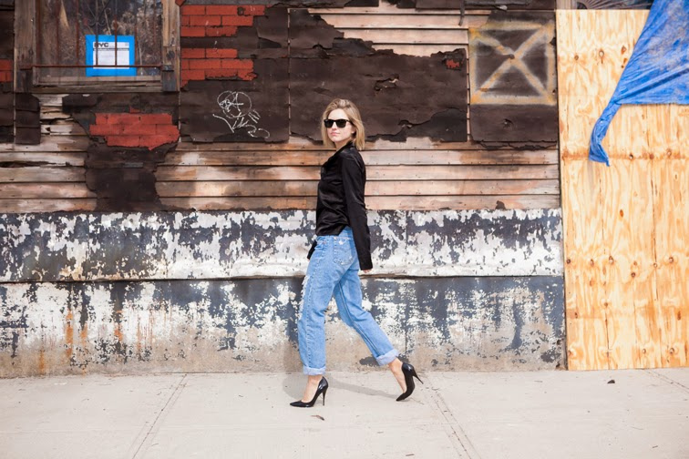 Boyfriend jeans by Refind Denim NYC, black stiletto pumps, Joseph shirt, Ray-Ban Wayfarers