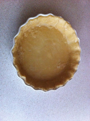 Easy Homemade Pie Crust- no butter or shortening and no cutting in Alohamoraopenabook.blogspot.com
