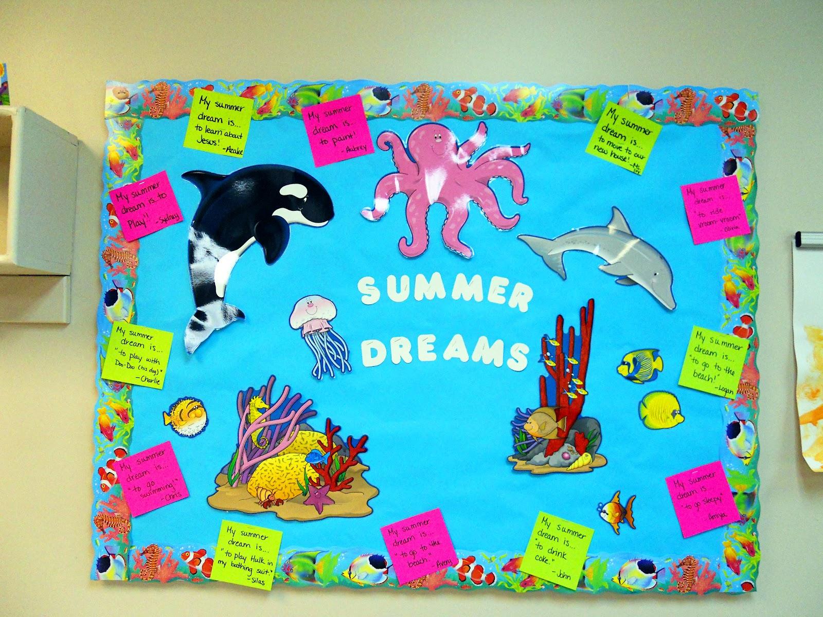 A walk in my shoes summer dreams bulletin board idea for Decoration board