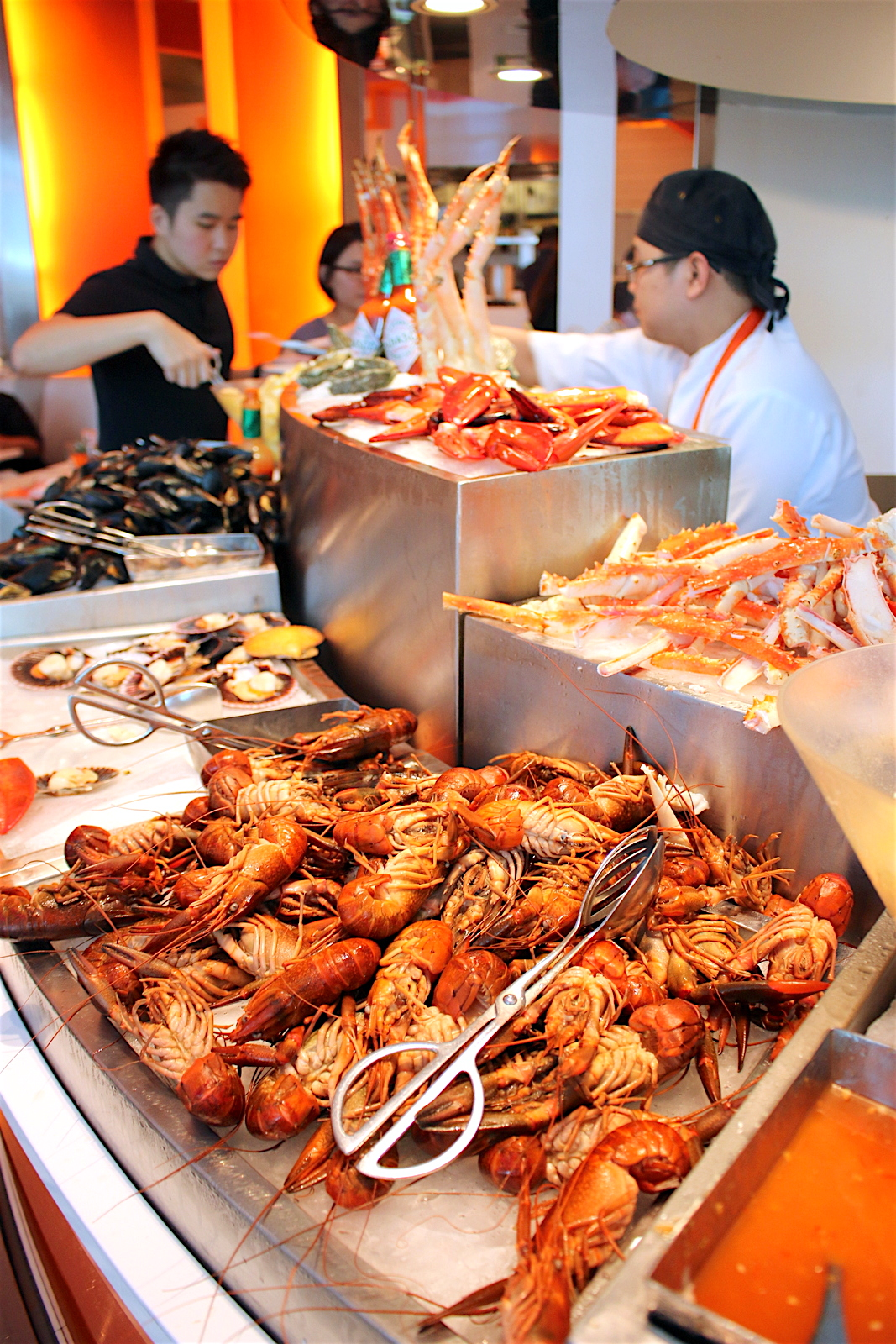 Shangri La Cafe Too Lunch Buffet Price