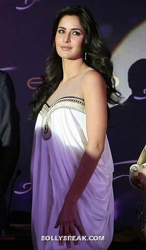 Katrina kaif in a strapless white toga dress -  Katrina kaif photos
