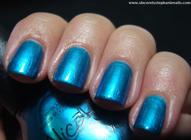 nicole by opi kardashian kolor deck the dolls