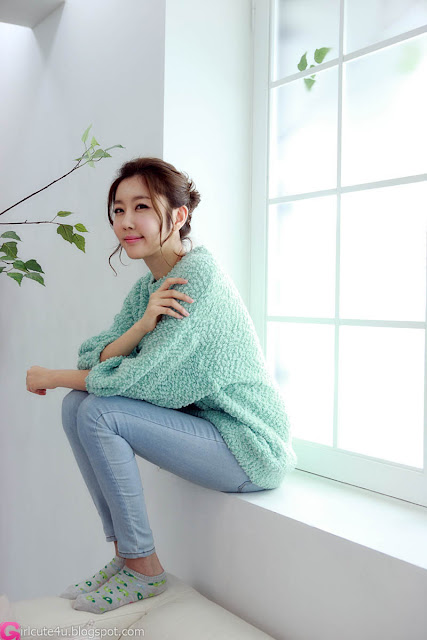 4 Choi Byeol Yee - Sweet Green Sweater-very cute asian girl-girlcute4u.blogspot.com